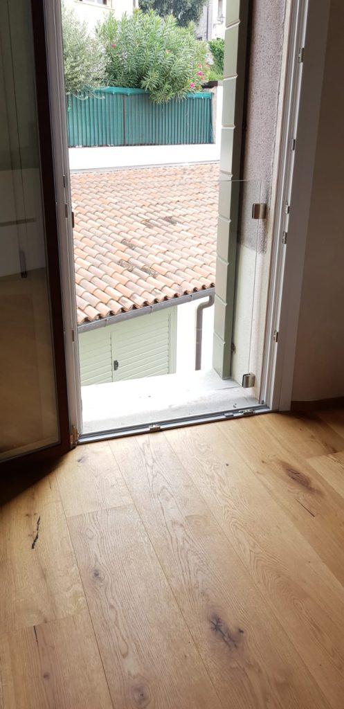 parapetto per rialzo finestre basse,