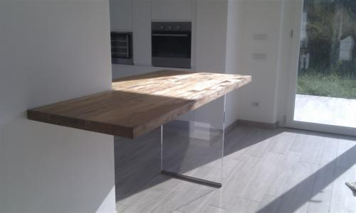 A05-Supporto tavolo in vetro