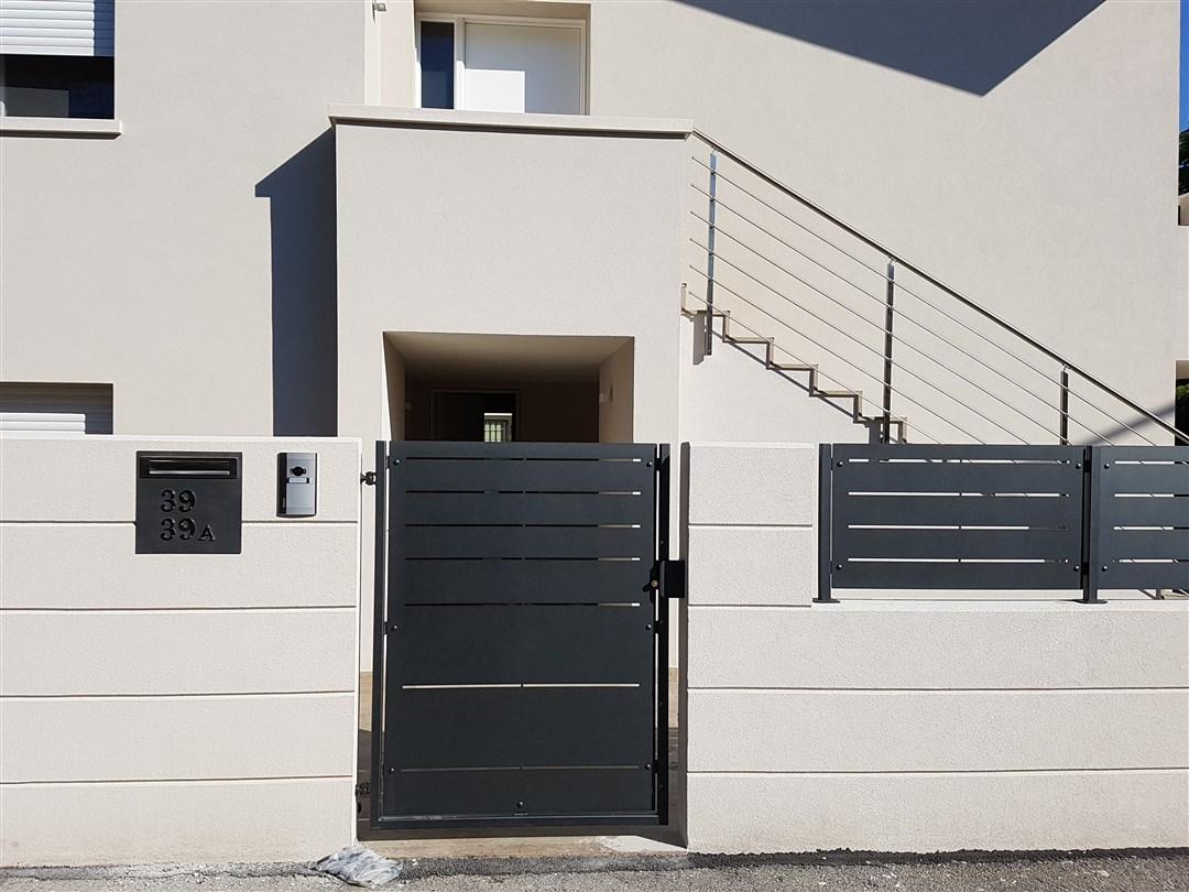 B01-Cancello pedonale in lamiera