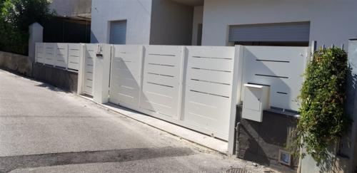 B24-Cancello scorrevole in lamiera