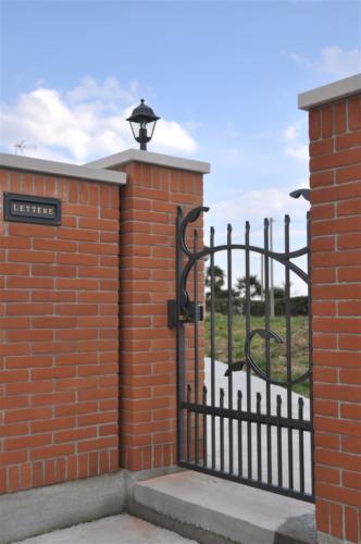 B27-Cancello carraio in ferro battuto