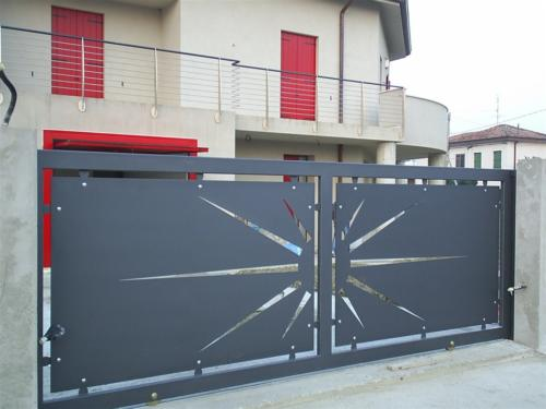 B48-Cancello a due ante disegno laser
