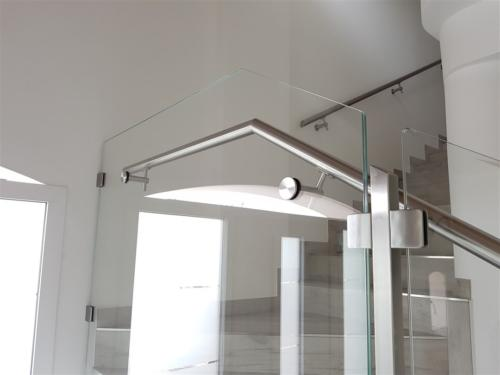 C10-Corrimano a vetro
