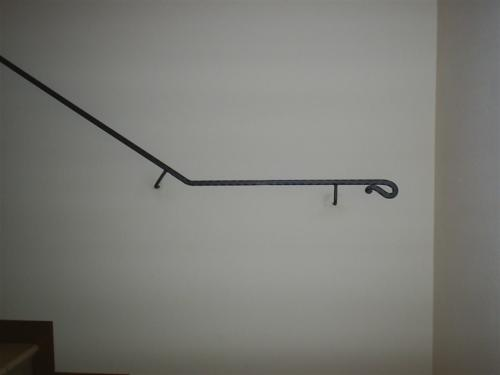 C21-Corrimano in ferro a muro