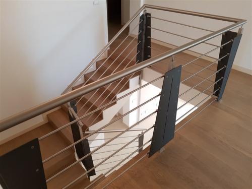 E10-Parapetto acciaio inox e lamiera in ferro