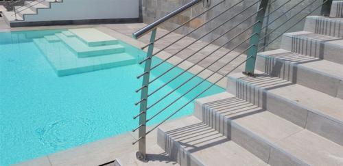 E24-Parapetto piscina inox aisi 316
