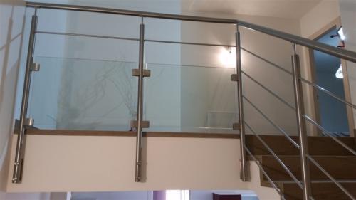 E45-Parapetto inox e vetro