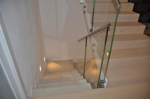 G116-Parapetto scala in vetro trasparente