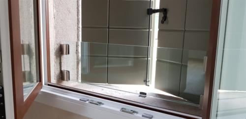 G30-Protezione davanzale finestra