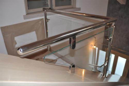 G56-Parapetto vetro inox lucido