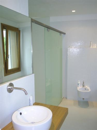 I34-Box doccia con vetri satinati