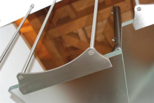 M36-Fissaggio gradino in vetro