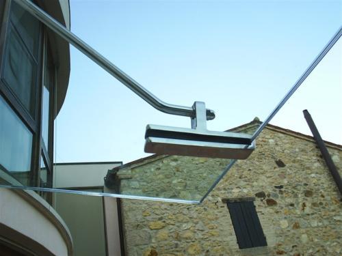 O15-Tettoia in vetro con pinza in acciaio per fissaggio